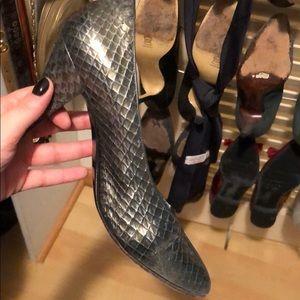 Gucci snake skin heel